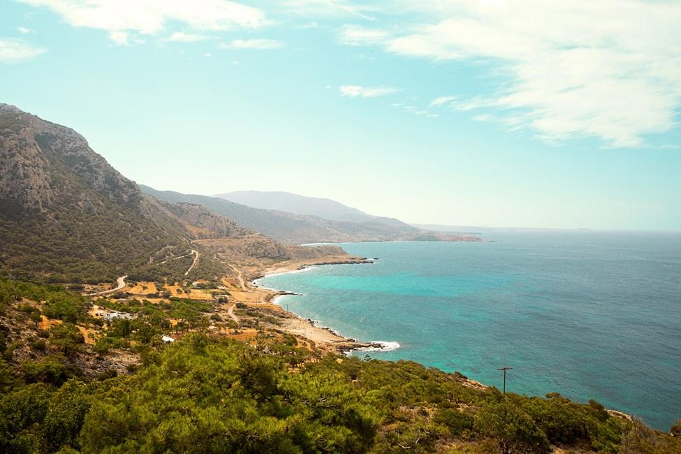 Mellom Karpathos by og Lefkos