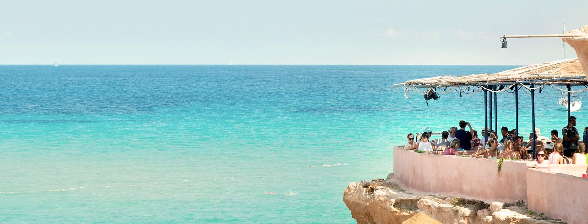 Bestill en reise til Ibiza i Spania med Ving