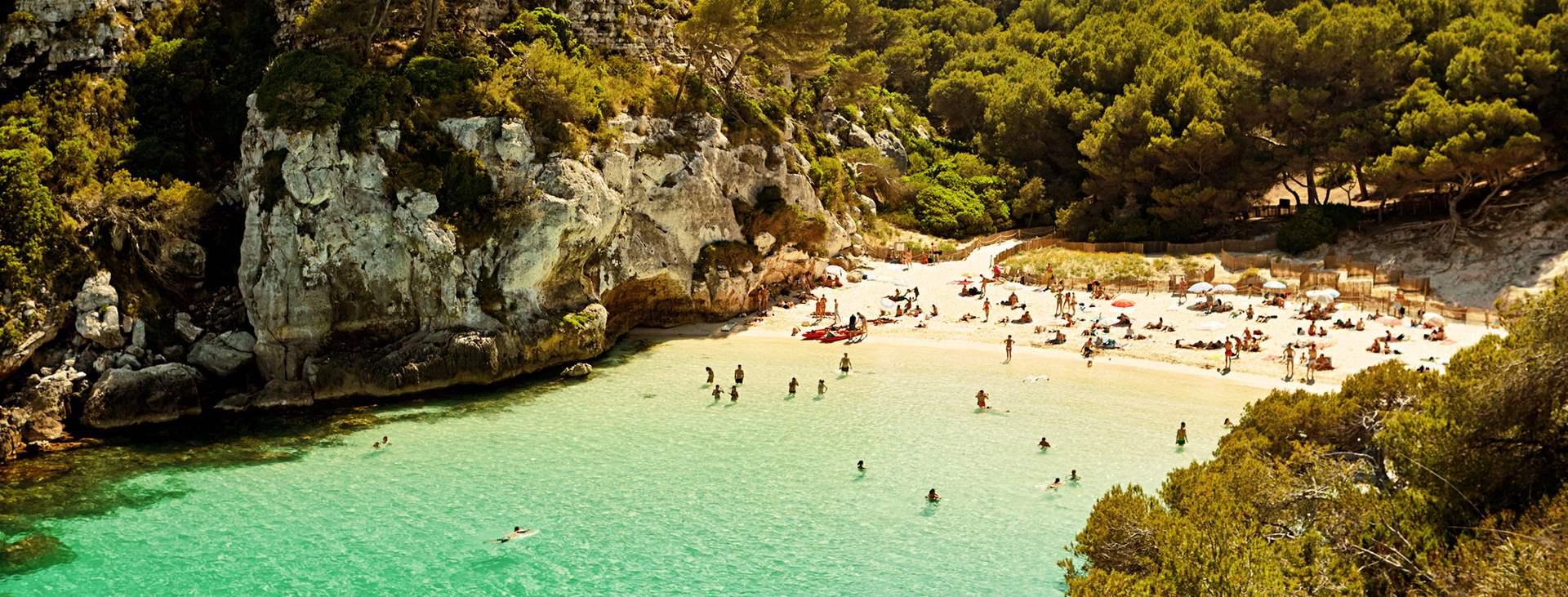 Bestill en reise med Ving til Menorca