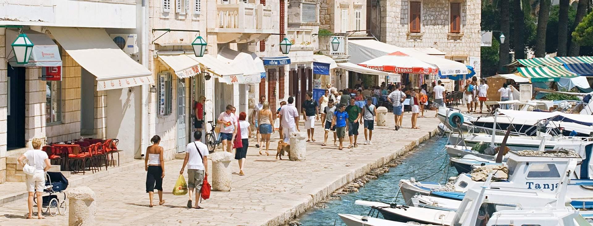 Reiser til Hvar i Kroatia