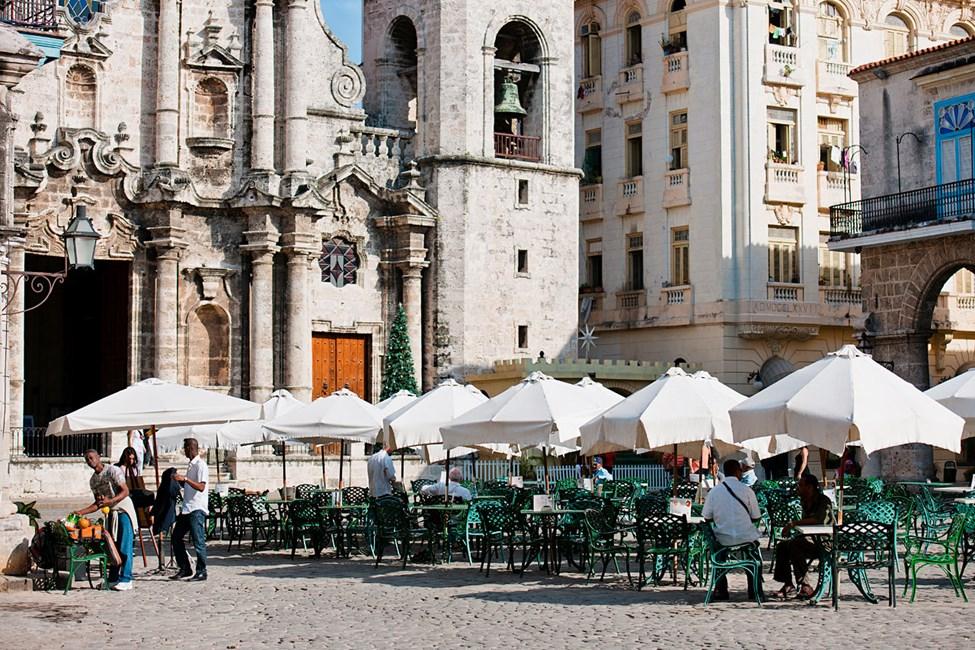 Havanna – torget ved katedralen San Cristobal