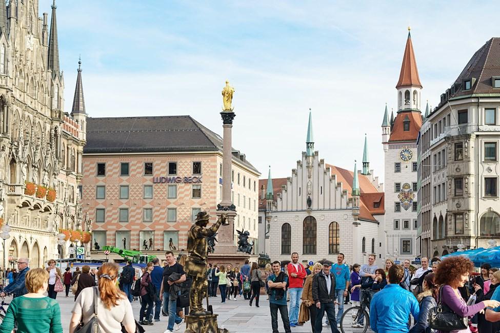 Neues Rathaus på Marienplatz, München