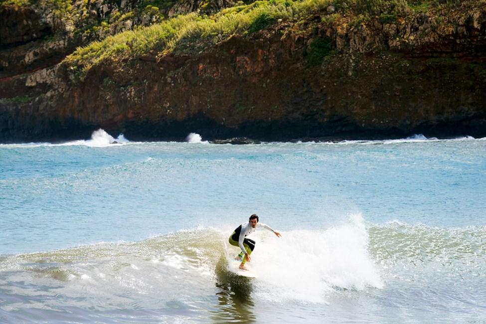 Surf i Machico på Madeiras østkyst