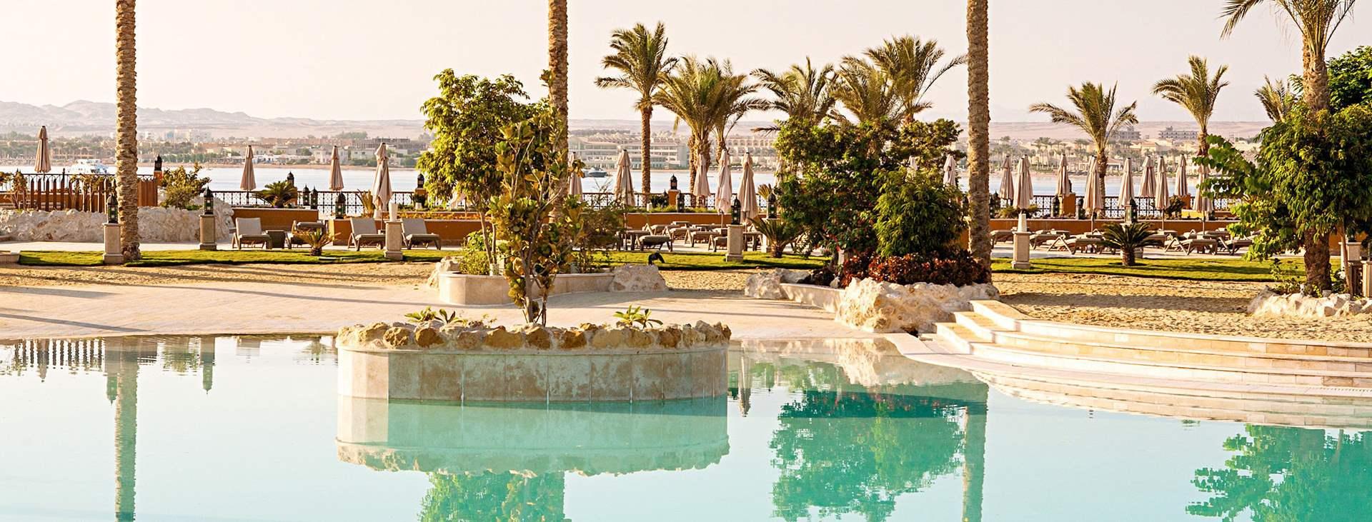 Bestill en reise til solsikre Egypt!