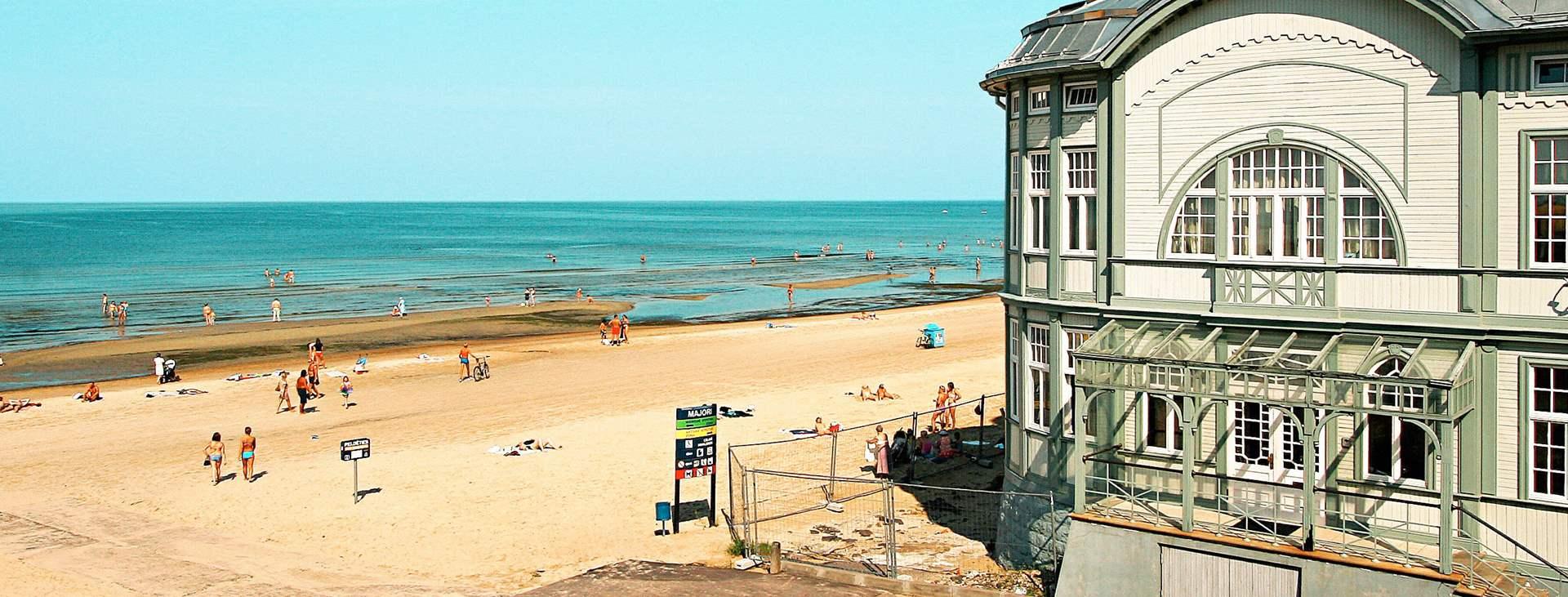 Bestill en helgetur med fly og hotell til Latvia