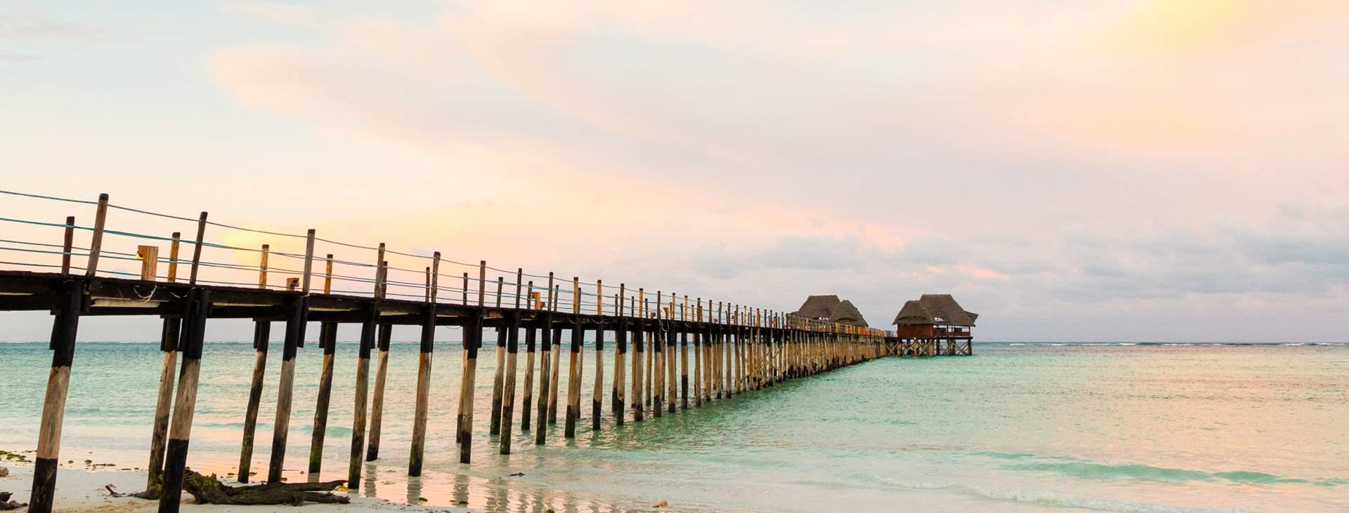 Bestill en reise med fly og hotell til Tanzania