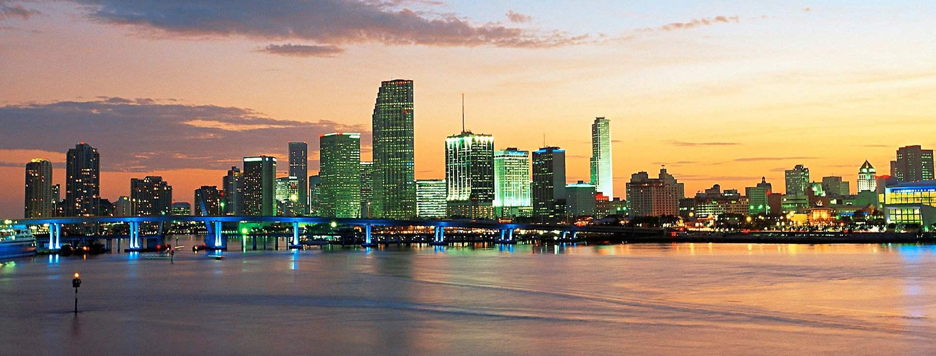 Bestill en reise med fly og hotell til USA