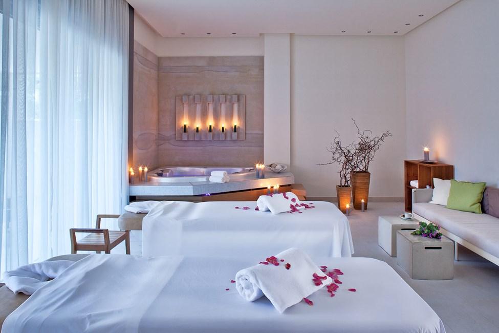 Unn deg en avslappende behandling i hotellets spa