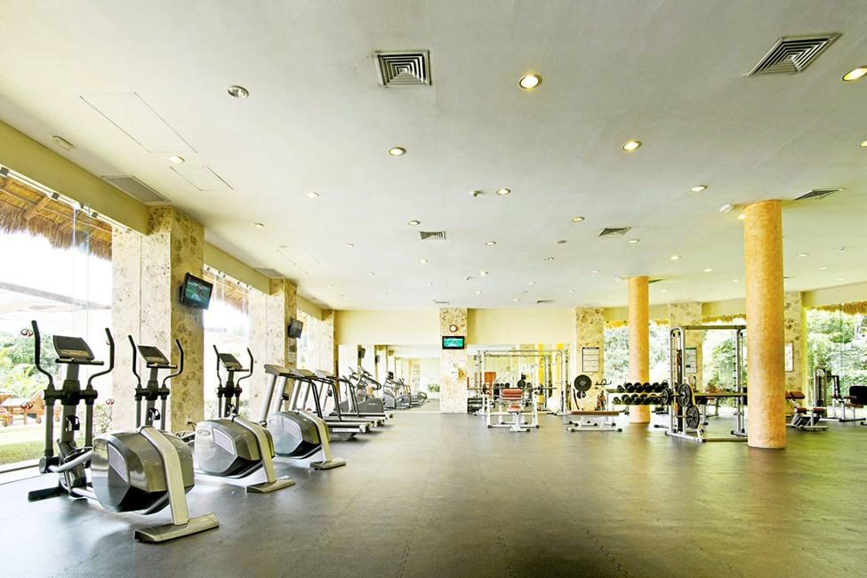 Hotellets velutstyrte treningsrom