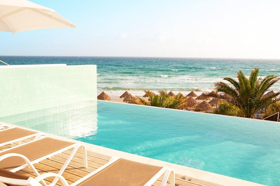 2-roms Club House Suite med havutsikt og privat, delt basseng som deles med 1-3 andre suiter.