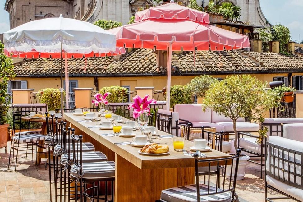 Frokost på terrassen