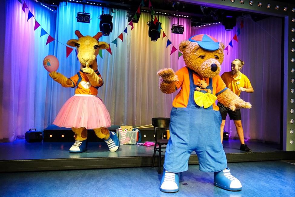 Lollo & Bernie elsker å danse og finne på masse gøy!