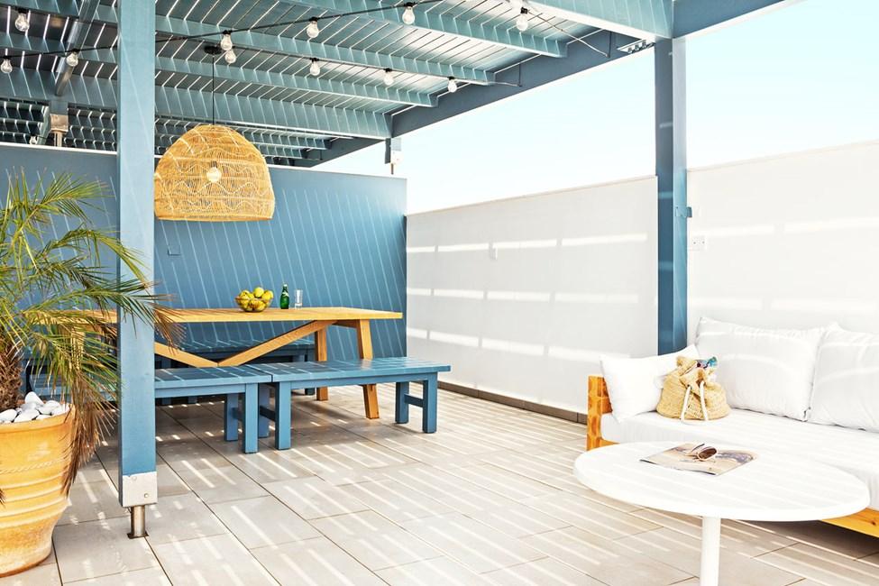 3-roms CLUB SUITE med stor balkong og takterrasse, begge med havutsikt