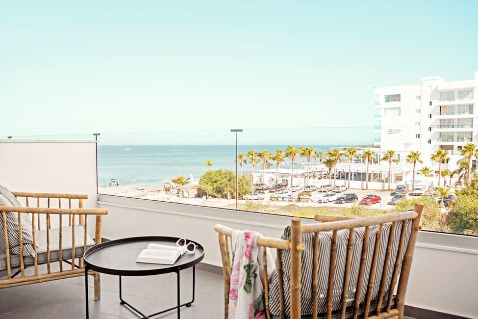 Classic Room 1 rom med balkong mot havet