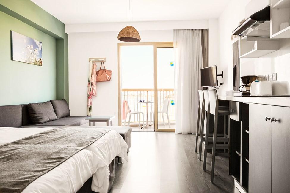 1-romsleilighet superior med balkong og havutsikt