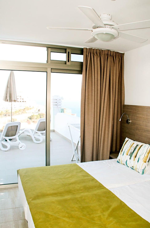Soverommet i leilighet type D, med utgang til balkongen