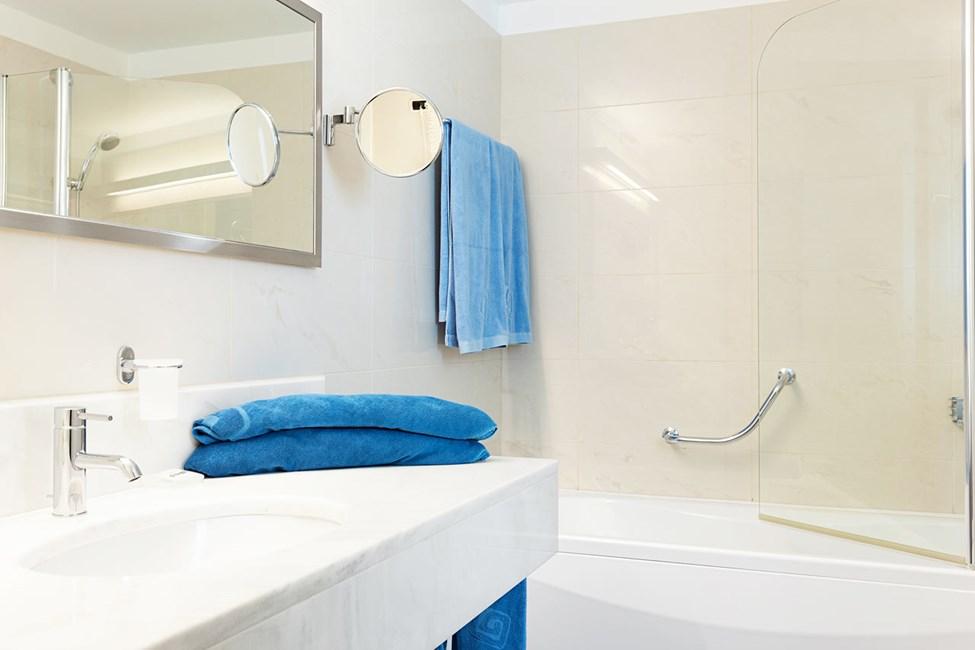 Badet i en 3-romsleilighet i bungalow med høyere standard