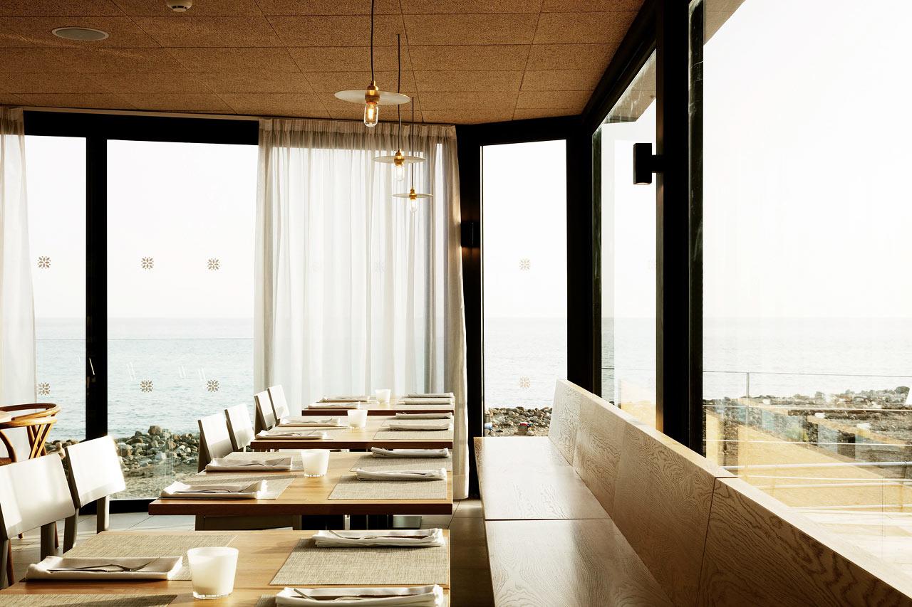 Restauranten på Ocean Beach Club har praktfull utsikt og mye godt på menyen