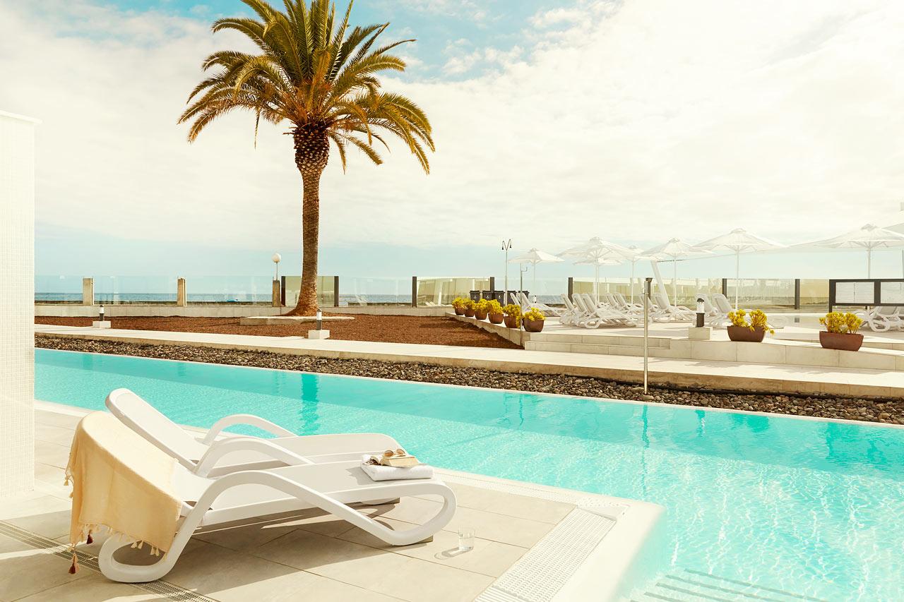 3-roms Club Suite med terrasse og utgang til privat, delt basseng