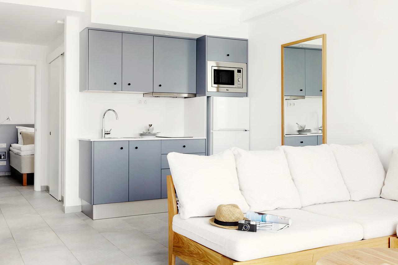 2-roms Club House Suite