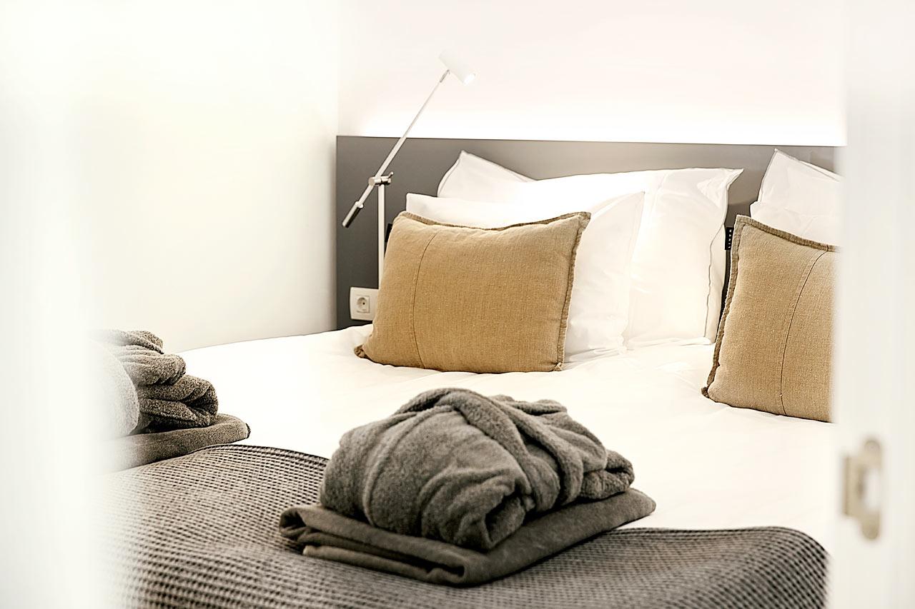 3-roms Club House Suite