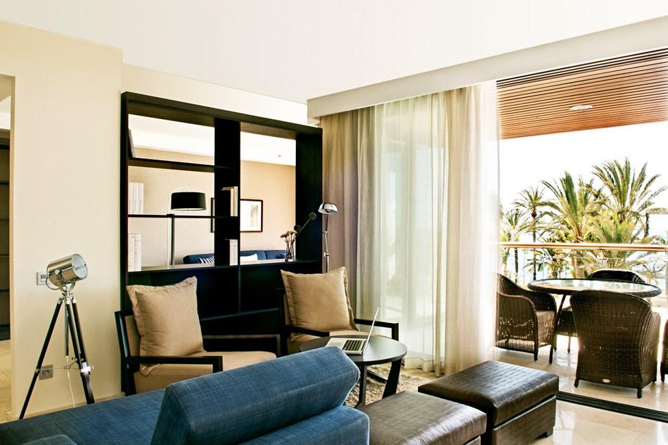 4-roms suite