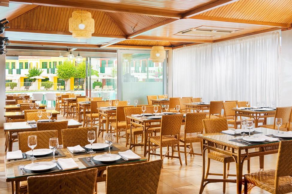 A la carte-restauranten serverer internasjonale retter