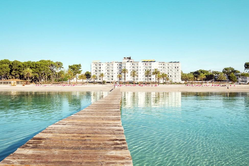 Sunwing Alcudia Beach – midt på Alcudias fineste strand