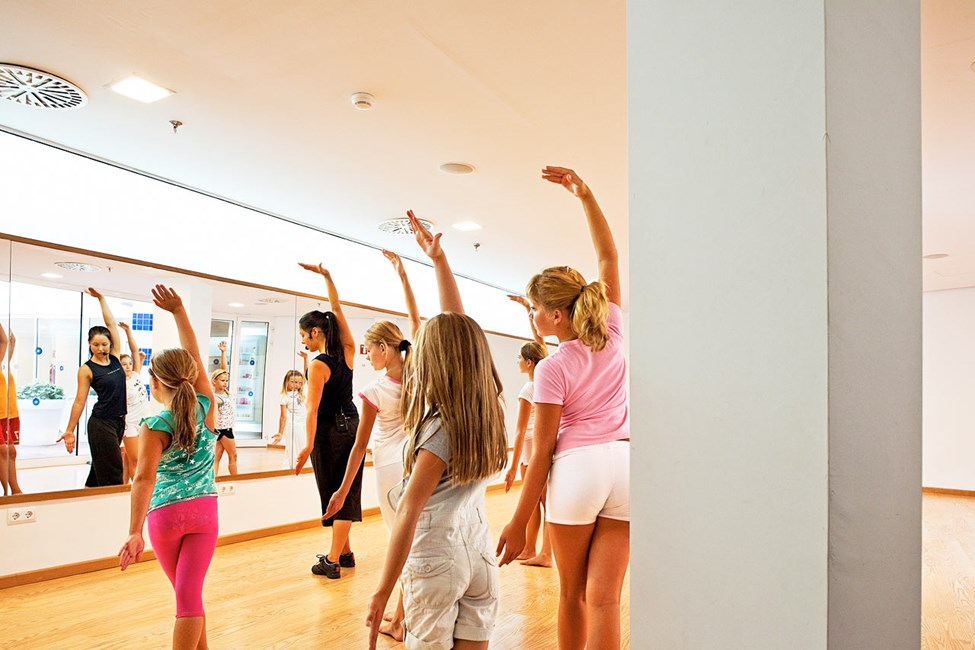 Liker du både å danse og å overraske andre bør du bli med på den hemmelige aktiviteten Flash Mob!