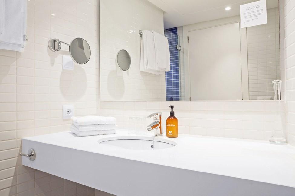 2-romsleilighet Royal Lounge Suite, stor terrasse mot bassengområdet, Bouganvilla