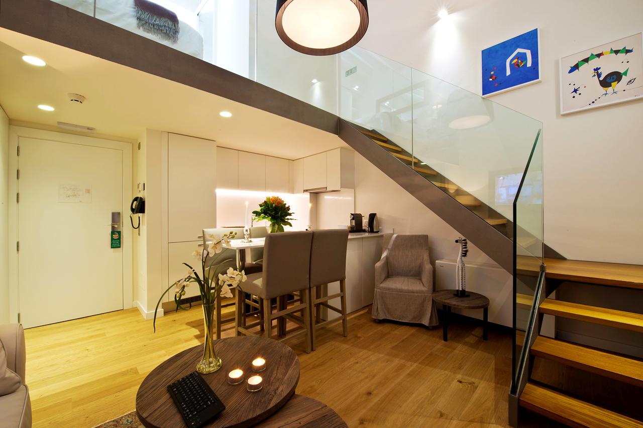 1-romsleilighet i to etasjer