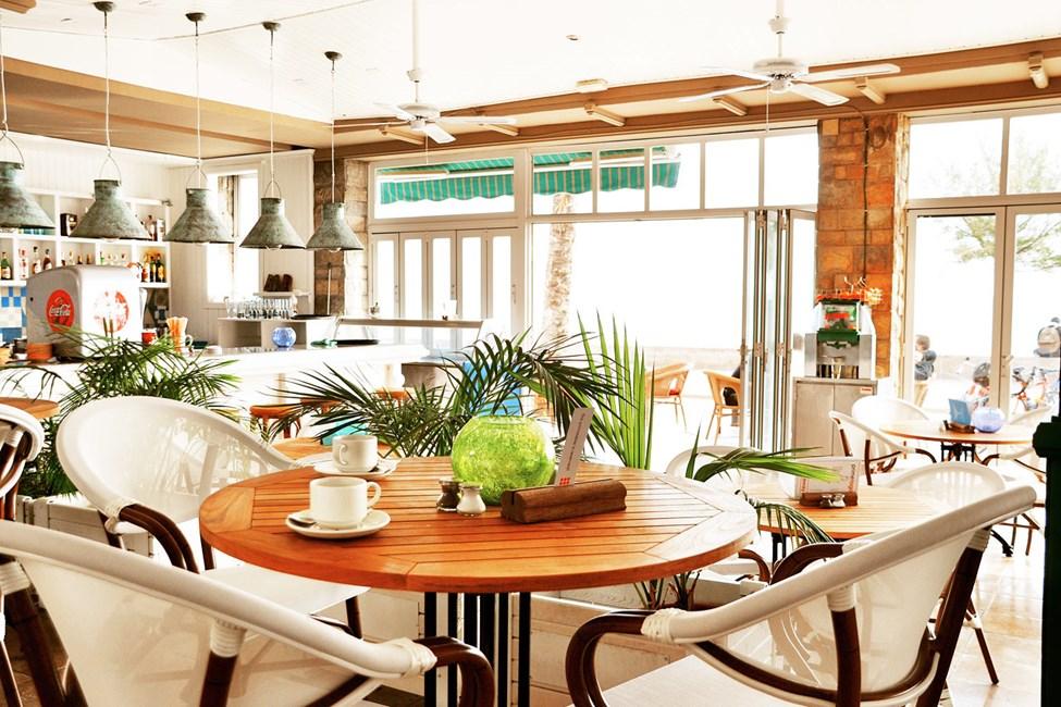 I Sunprime Restaurant spiser du både frokost, lunsj og middag.
