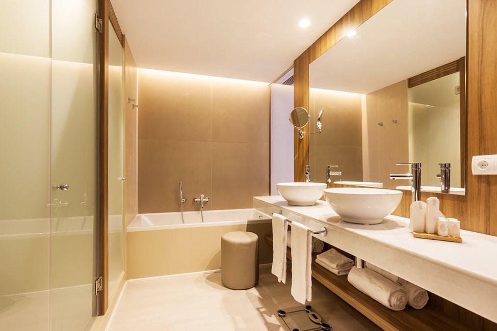Bad (ikke til rom og leiligheter tilpasset bevegelseshemmede)