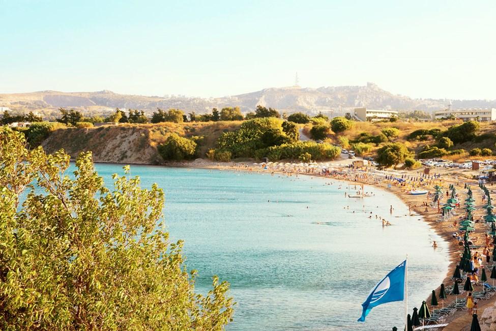 Den populære stranden rett nedenfor hotellet