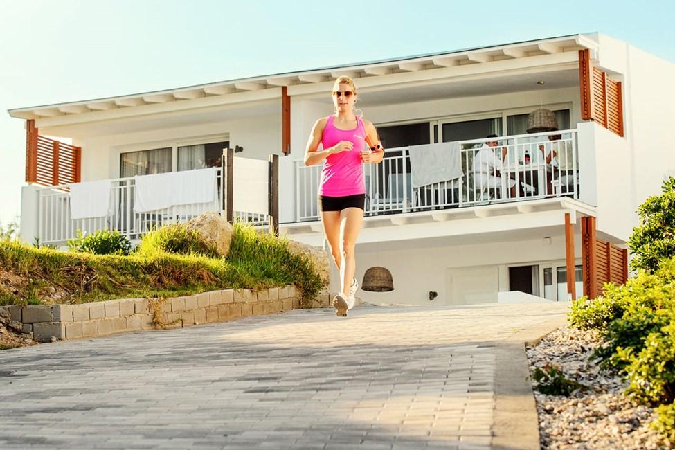 Sunwing Kallithea Beach har en løpebane rundt hotellområdet