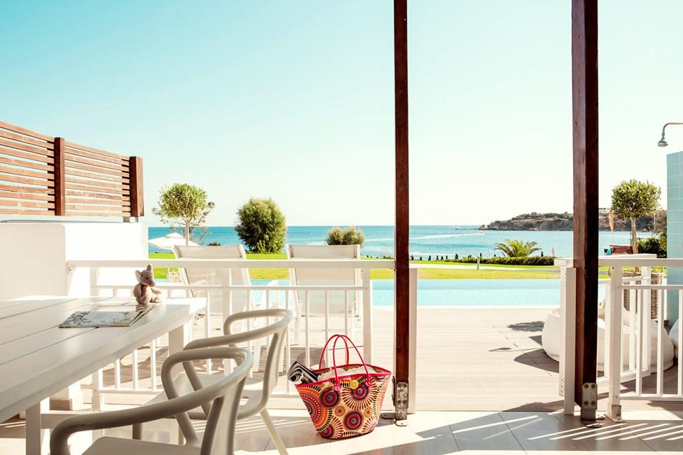 2-romsleilighet Royal Pool Suite med stor terrasse med havutsikt, Triton