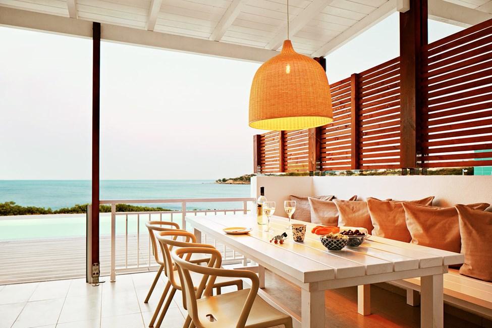 3-romsleilighet Royal Pool Suite med stor terrasse med havutsikt og utgang til privat, delt basseng, Triton