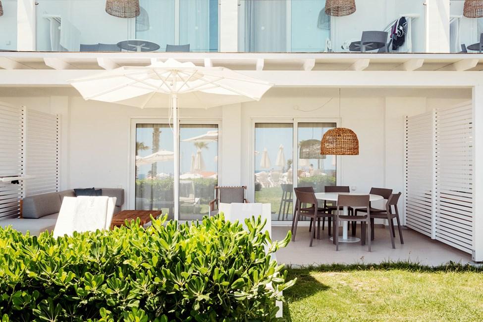 3-romsleilighet Royal Lounge Suite, stor terrasse mot bassengområdet, Athena