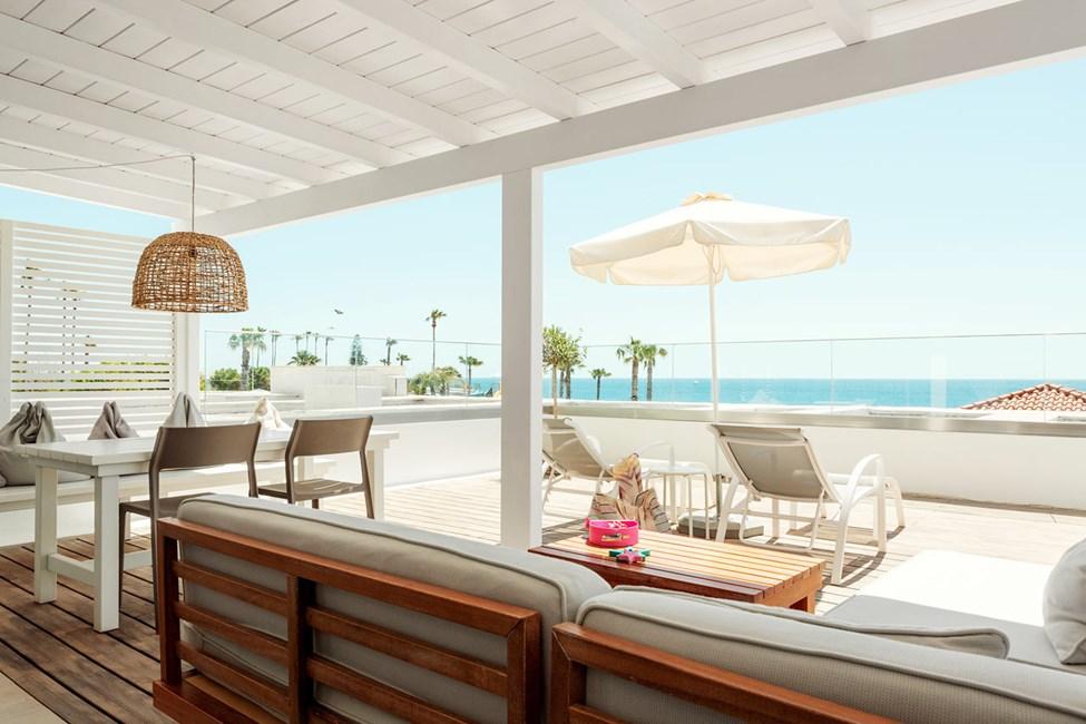 2-romsleilighet Royal Lounge Suite, stor balkong med havutsikt, Athena