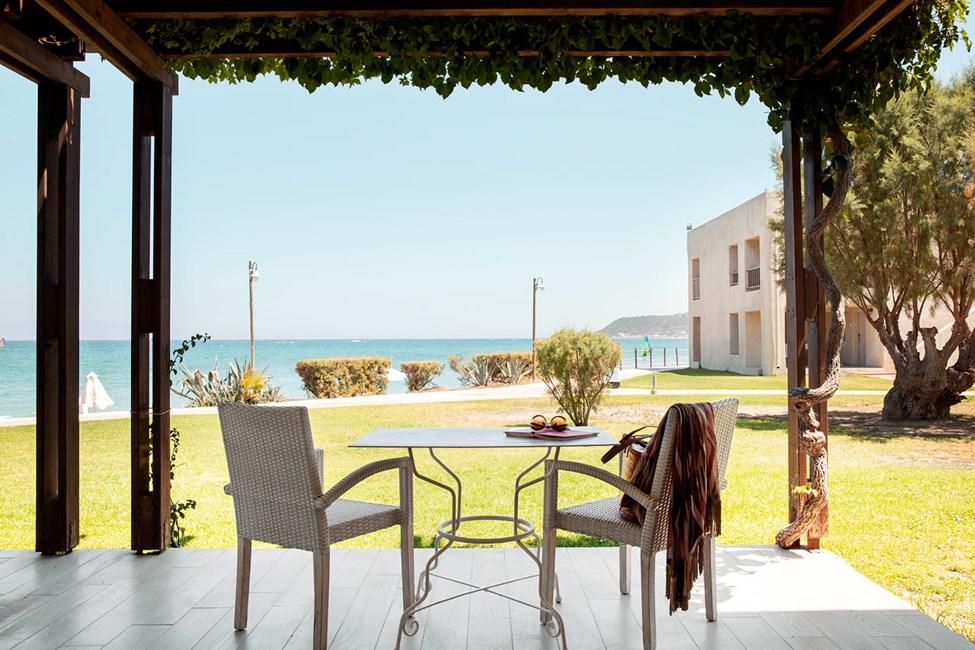 2-roms Junior Suite, terrasse med havutsikt