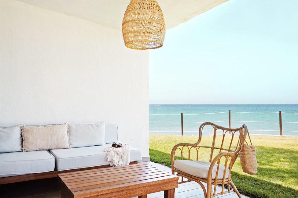 2-roms Prime Lounge Suite, terrasse med havutsikt