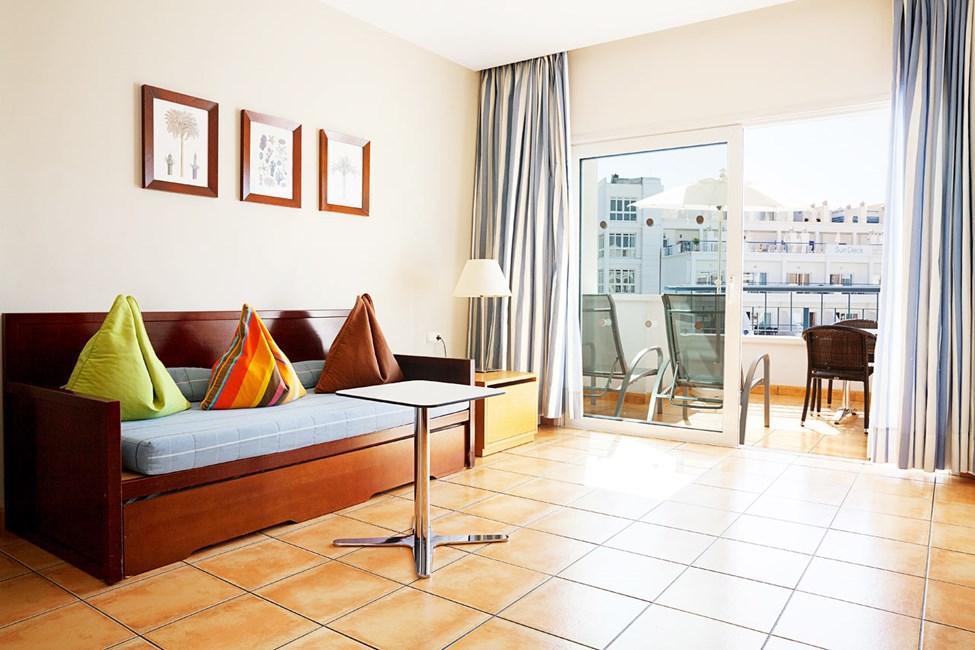 2-romsleilighet Royal Family Suite med balkong mot bassengområdet