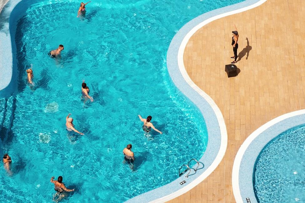 Vanngymnastikken ledes av dyktige og høyt utdannende SATS-instruktører
