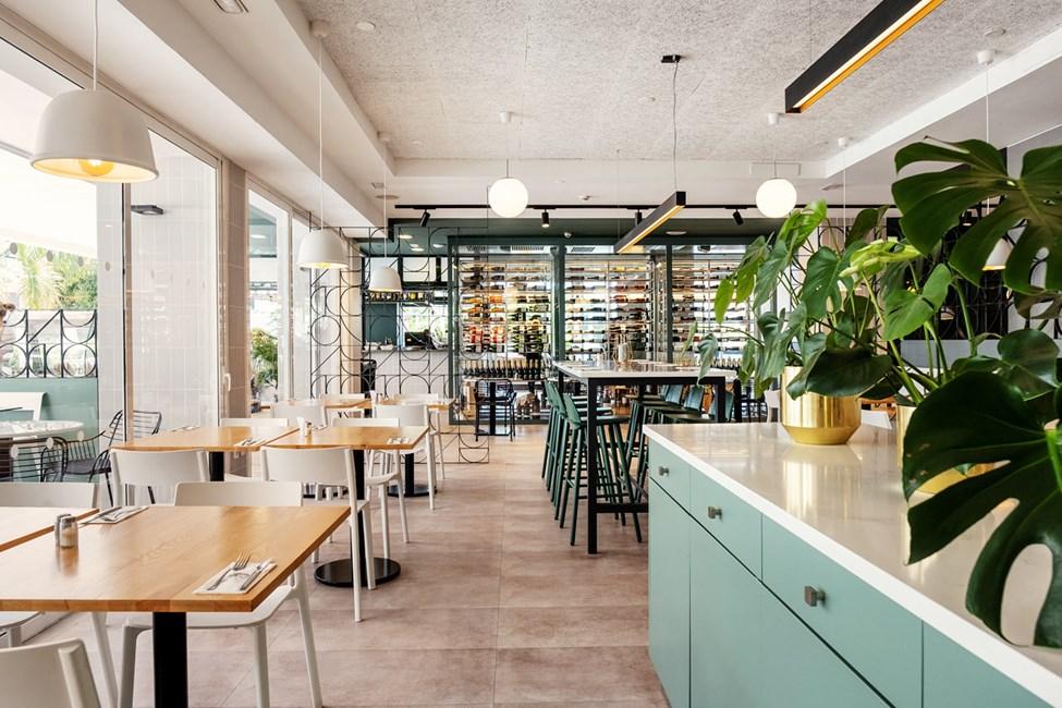 Hotellets renoverte og hyggelige restaurant