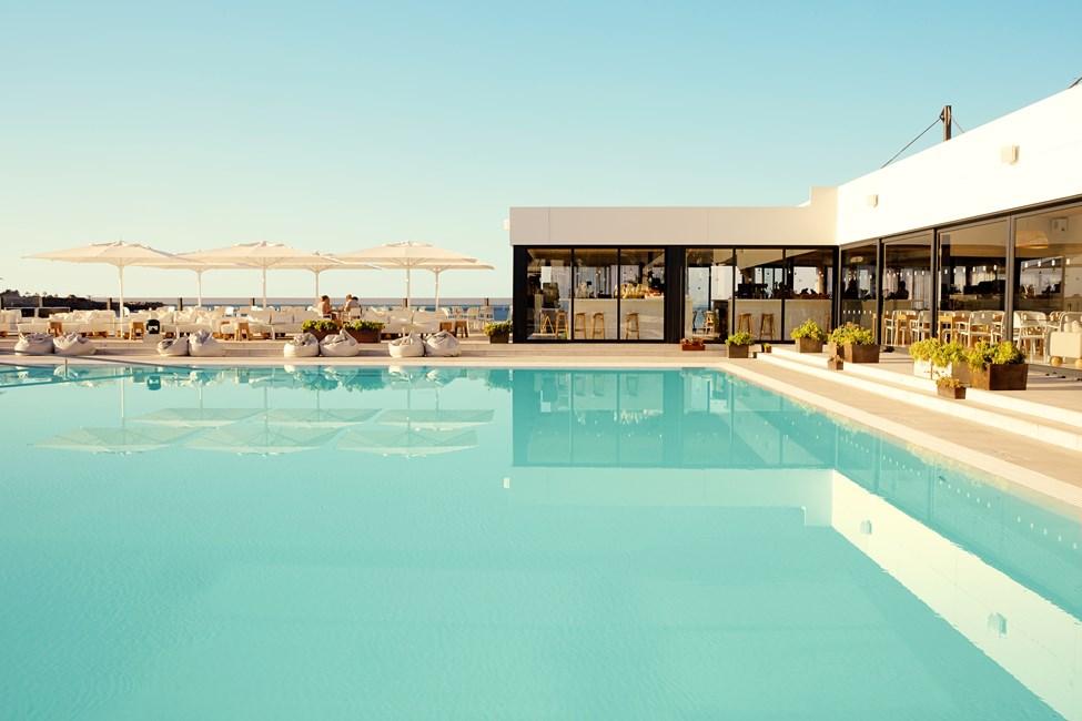 Det lekre bassengområdet på Ocean Beach Club, Gran Canaria