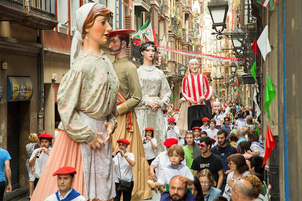 Festivalen Gigantes y Cabezudos