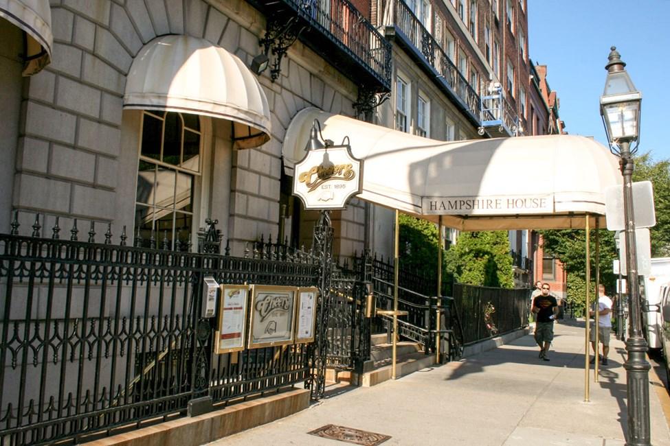 Denne baren er kjent fra den populære tv-serien Cheers.