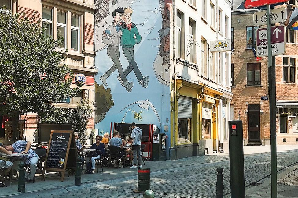 Trivelige og fargeglade gater i Brussel