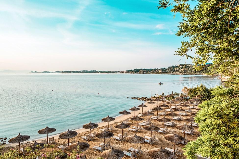 Stranden nedenfor Kontokali Bay Resort & Spa