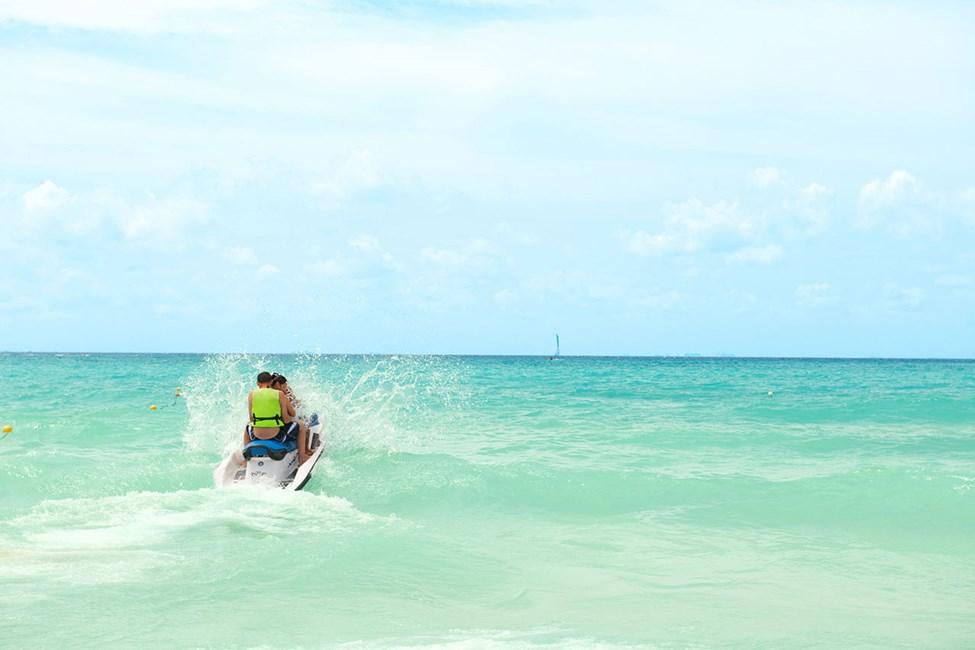 I Playa del Carmen kan du velge mellom mange vannsportsaktiviteter
